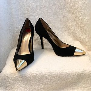 NEW Jessica Simpson Gold Toe Black Suede Heels
